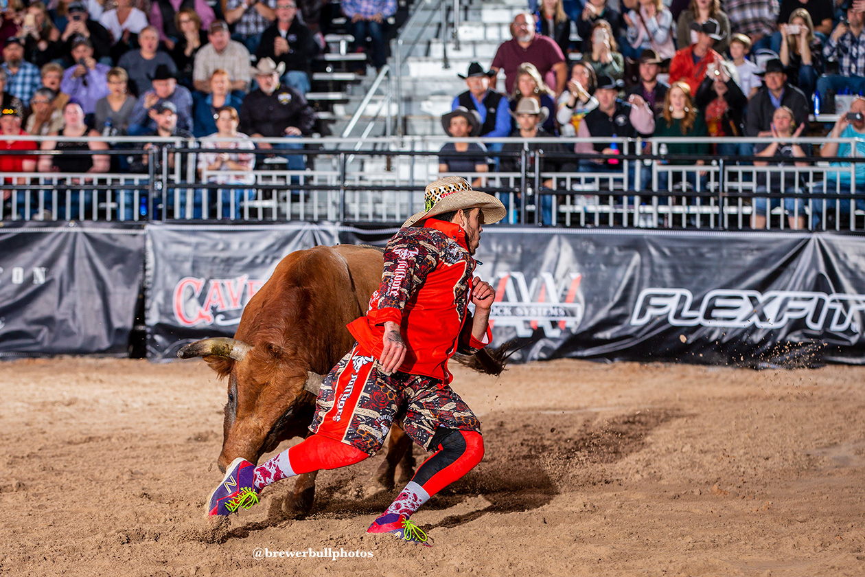 Andres Gonzalez earned his flight victory and advances to Championship Saturday after putting together an 87-point bullfight during Wednesday's FlexFit Preliminary Round of the Bullfighters Only Las Vegas Championship at the Tropicana Las Vegas. (PHOTO BY TODD BREWER)