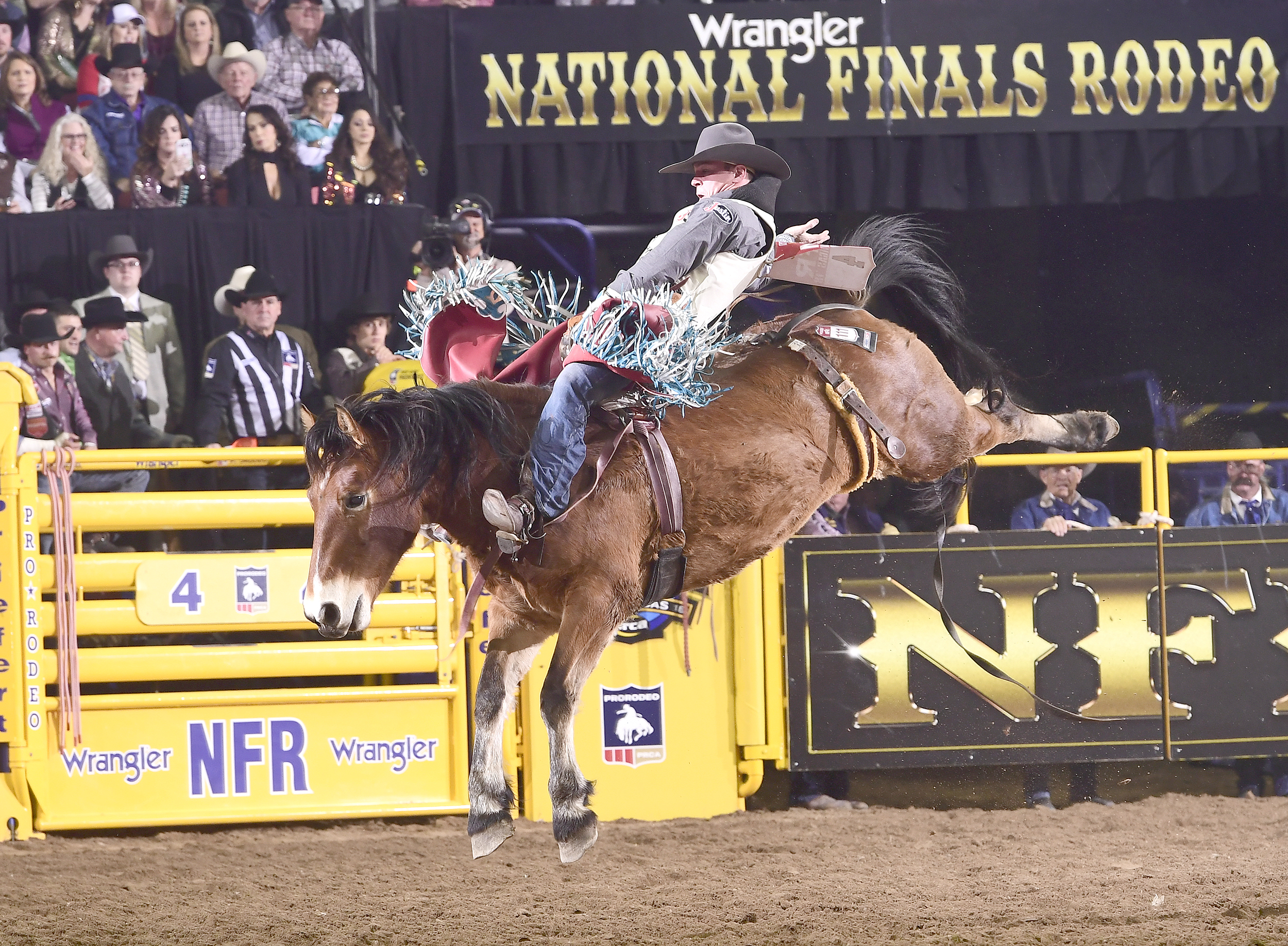 After a slow start, two-time world champion bareback rider Tim O'Connell has picked up two key paychecks in Rounds 3 and 4. On Sunday night, he rode Burch Rodeo's Pip Squeak for 84.5 points. (PRCA PRORODEO PHOTO BY JAMES PHIFER)