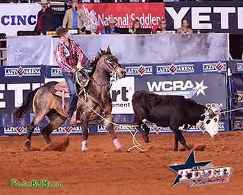 Tyler West cleans up his heel loop in a record 6.3 seconds Sunday morning. He broke three arena records in the third round alone: Heading, heeling and the fastest round. (PHOTO BY JAMES PHIFER)