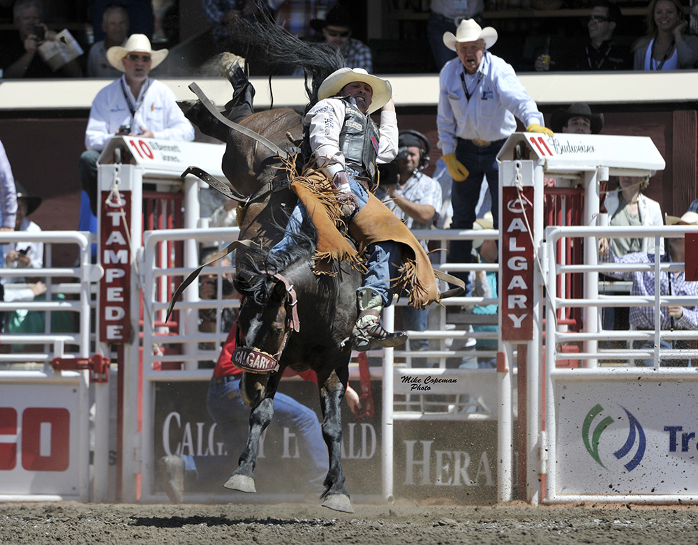 Steven Dent missed the final month of the 2019 regular season with an injury, but he still earned his 10th qualification to the National Finals Rodeo. (PHOTO BY MIKE COPEMAN)