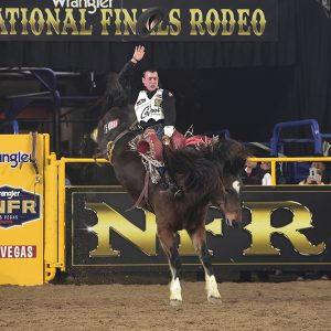 Tim O'Connell rides Pickett Pro Rodeo's Top Flight for 91.5 points to close out his 2019 National Finals Rodeo. (PRCA PRORODEO PHOTO BY JAMES PHIFER)
