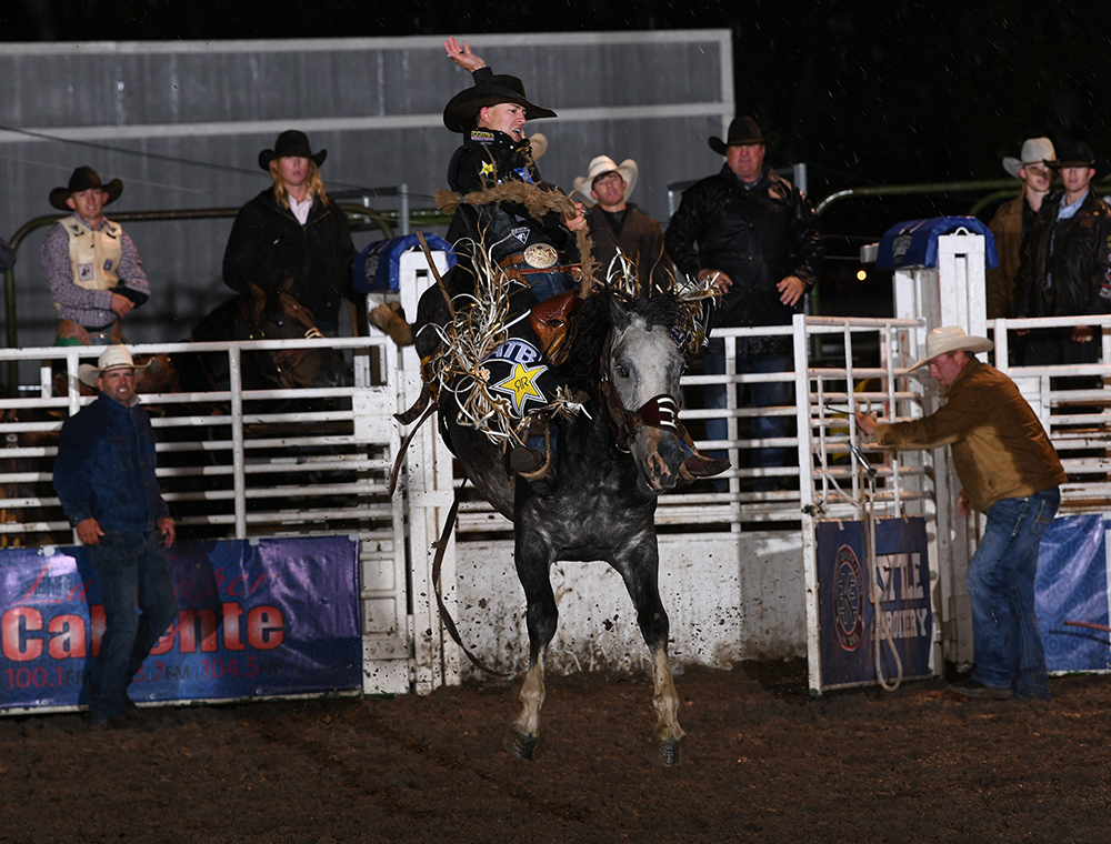 Two-time and reigning world champion saddle bronc rider Zeke Thurston makes his ride this past September at the Gem State the PRCA's Small Rodeo of the Year, a title it won a year ago. (PHOTO BY AMANDA DILLWORTH)
